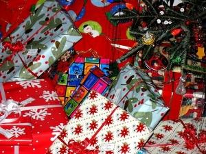 christmas-presents under tree