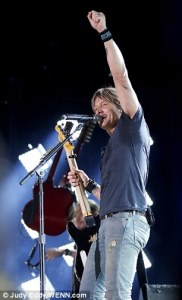 Keith Urban at the CMA Festival las night in Nashville.
