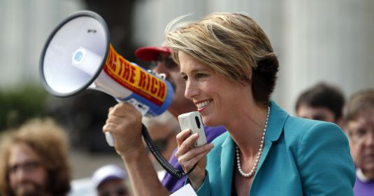 Zephyr Teachout with megaphone.jpg