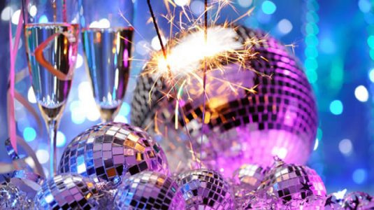 new-years-eve-mirror-balls